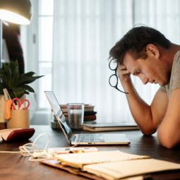 10 ways that stress affects your health